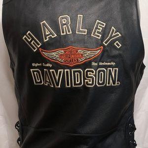 Harley Davidson Bar Shield Snap Up Leather Vest